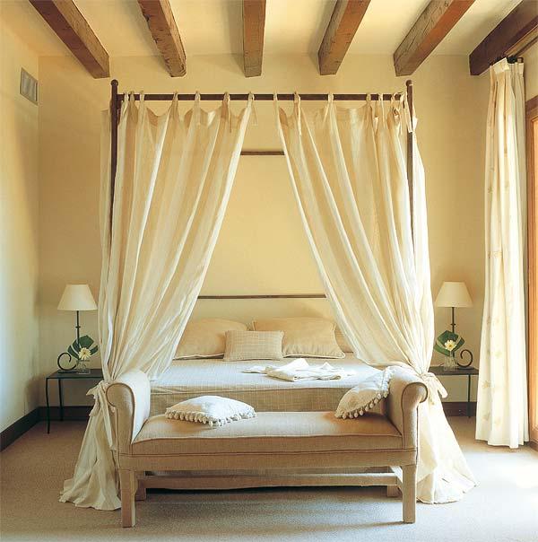 Dormitorios diferentes camas con dosel decoradoras decocasa - Cama con dosel ...