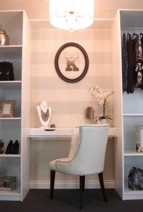 Walk In Closet Pequenos Con Baño:Ideas para poner en orden la ropa – Decoradoras Decocasa