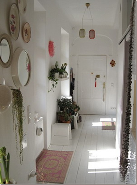 Ideas para el pasillo decoradoras decocasa - Decoracion de paredes de pasillos ...