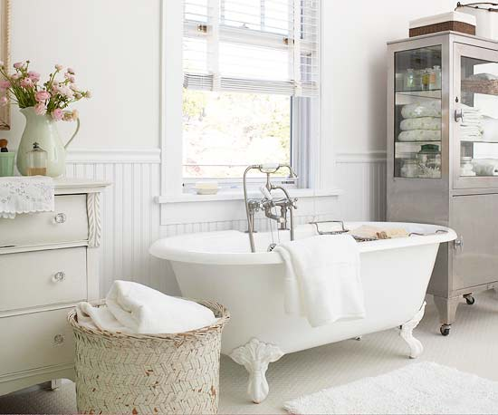 Tinas De Baño Vintage:Cottage Style Bathroom Tub